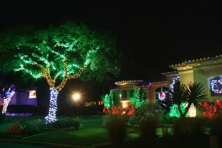 Led-christmas-lights-outdoor-christmas-lights-for-christmas-light-decorations-of-christmas-light-decorations